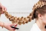 Плетіння кісок: ідеї для заплетених зачісок