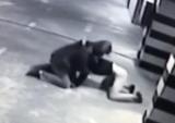 У Києві чоловік побив охоронця і вкрав зарядку для електромобіля